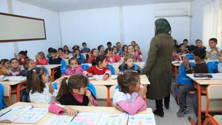 تركيا تقرر تعيين 20 ألف معلم خلال 2019